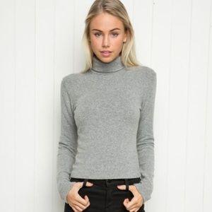 BRANDY MELVILLE // Turtleneck Wool Blend Sweater